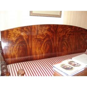 Старинный русский диван в стиле Ампир