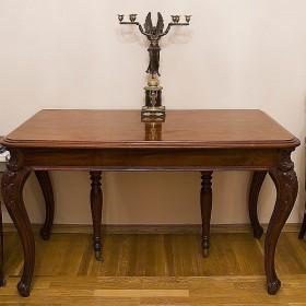 Старинный русский обеденный стол СОРОКОНОЖКА, конец XVIII века