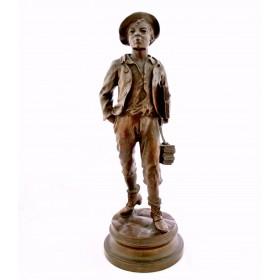 013 Антикварная бронзовая скульптура Юный ученик
