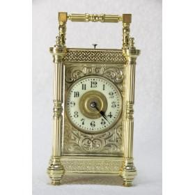 Антикварные французские часы-каретники с боем
