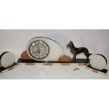 Старинные часы Арт Деко