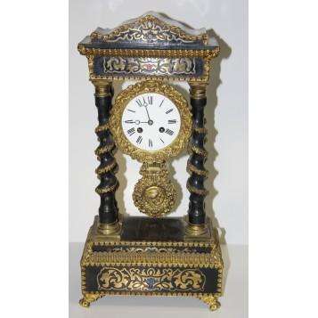 Антикварные французские каминные часы буль с витыми колоннами