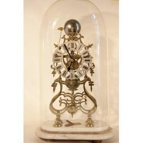 Антикварные каминные часы Скелетоны