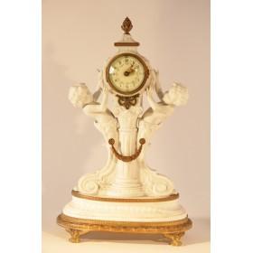 Антикварные часы Бисквитный фарфор Севр,Франция, XIX век
