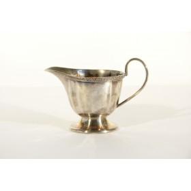 Антикварный посеребренный молочник,Англия, XIX век