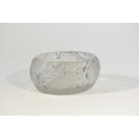 Купить старинную вазочку известного стекольщика Рене Лалика (Rene Lalique)