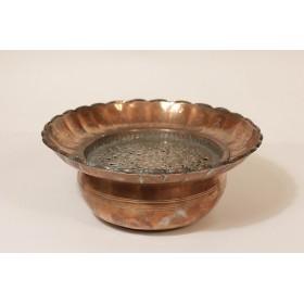 Антикварная медная чаша в восточном стиле