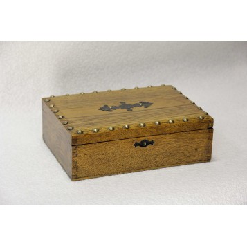 Антикварная шкатулка из дуба для драгоценностей,Англия, XIX век