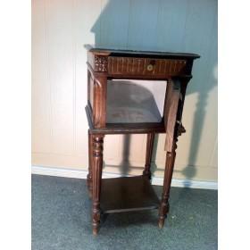 Старинная тумбочка под умывальник - продается в интерьер