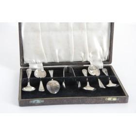 Английское антикварное серебро  Чайный набор