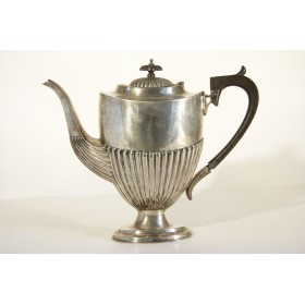Антикварное столовое серебро. Чайный и кофейный набор