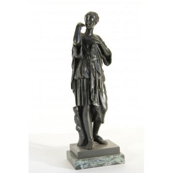 Старинная бронзовая скульптура богини Дианы, Diana de Gabies