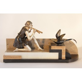 Антикварная статуэтка девушка с птицей Арт Деко