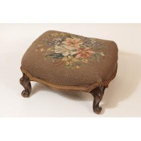 Старинный пуфик для ног, викторианская мебель XIX века
