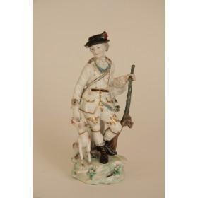 Старинная фарфоровая статуэтка охотника с собакой английской фабрики ДЕРБИ
