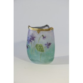 Антикварная стеклянная вазочка Модерн