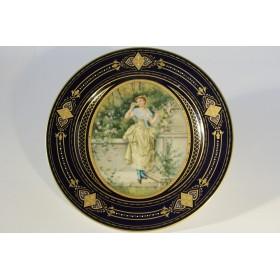 Старинная венская тарелка Антикварный фарфор
