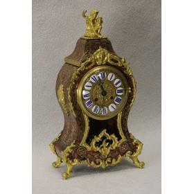 старинные часы в технике БУЛЬ (BOULLE)
