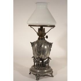 Старинная посеребренная керосиновая лампа
