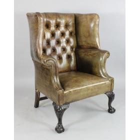 Кресло кожаное в стиле рококо