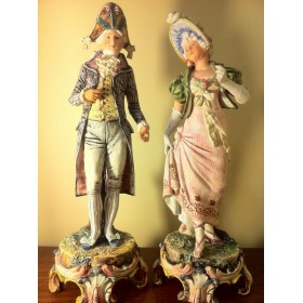 Антикварная фигурка Наполеона и Жозефины