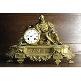 Старинные бронзовые часы с золочением c королем Ричардом