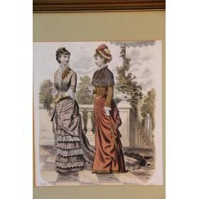 Набор антикварных гравюр в большой раме на тему - Мода