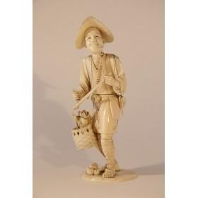 Антикварная японская статуэтка из кости Старинное окимоно Крестьянин