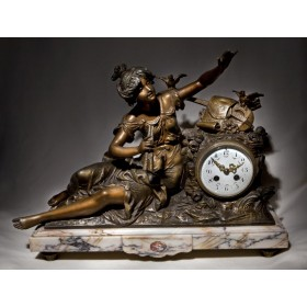 Антикварные каминные часы братьев Моро Moreau