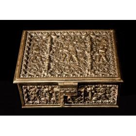 Антикварная бронзовая шкатулка Херувимы