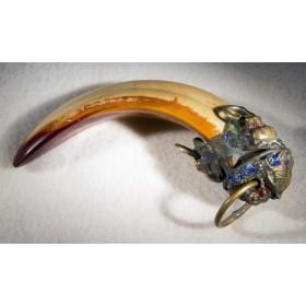 Антикварный талисман клык кабана