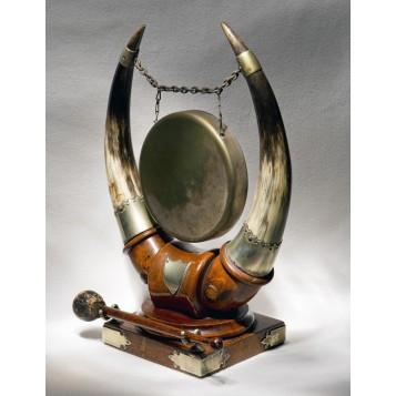 Антикварный гонг Scotland - оригинальный подарок в интерьер столовой