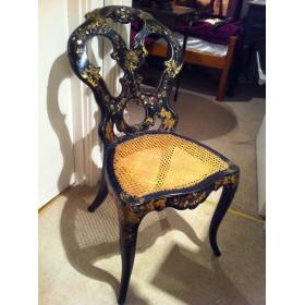 Антикварный стул из папье-маше с перламутром