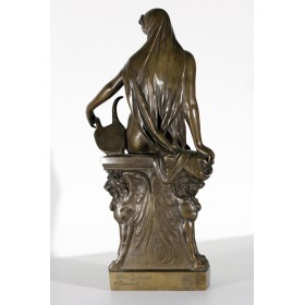 Старинная бронзовая скульптура в классическом стиле купить в подарок и для украшения интерьера