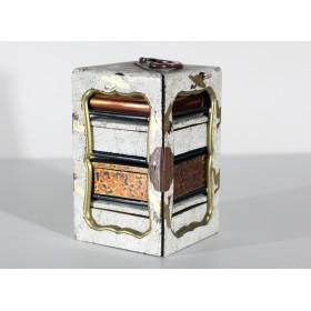 Изящная старинная дореволюционная японская шкатулка для драгоценностей и мелочей