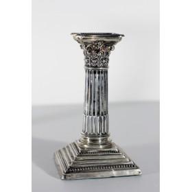 Купить антикварный подарок  в виде старинных серебряных английских подсвечников