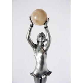 Антикварная бронзовая статуэтка Ар Деко скульптора Лоренцо Девушка с шаром