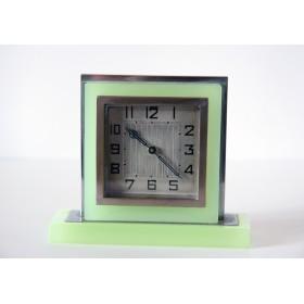 Антикварные часы Ардеко 50-х годов с отделкой из оникс