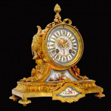 Старинные будуарные часы эпохи Ренессанса