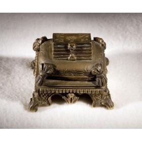 Антикварное пресс-папье из бронзы Пуфик