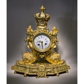 Антикварные настольные часы Dolphin