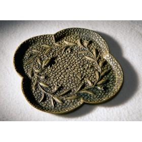 Антикварное плато-визитница с жуком