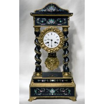 Антикварные старинные каминные часы-портик в подарок в Москве