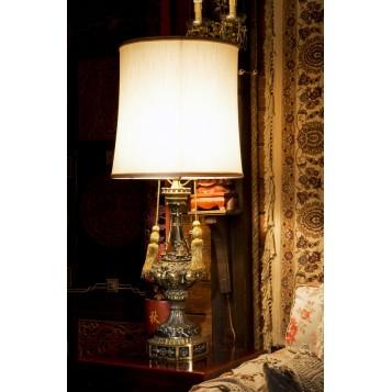 Старинная лампа из антикварной бронзы Marquisс в подарок