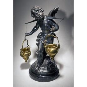 Антикварная статуэтка Купидон с чашами