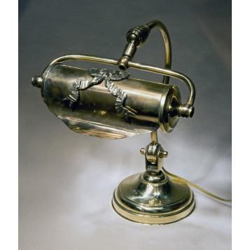 Лампа из старинной бронзы в стиле ампир в подарок и в интерьер