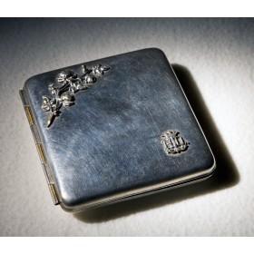 Антикварный портсигар модерн N.D. купить в подарок