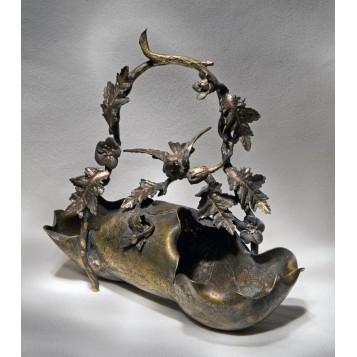 Старина в подарок, антикварная бронзовая корзинка Кардинал