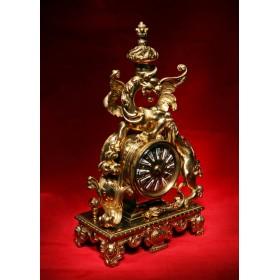 Купить в подарок антикварные часы Welsh Dragon для украшения интерьера