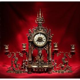 Антикварный каминный гарнитур Готический собор купить в подарок